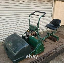 ATCO BALMORAL ROYALE b30 SELF PROPELLED SIT ON LAWN MOWER
