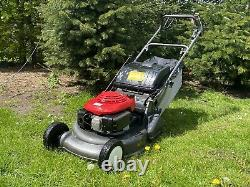 Honda HRD Professional Self Propelled Petrol Lawnmower 21 With Rear Roller Hrh