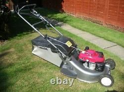 Honda HRD536K4QXEH Professional Self Drive Roller Lawnmower VERY LIITLE USE