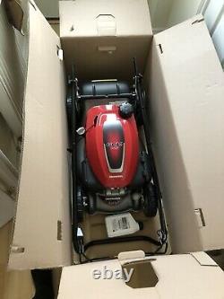 Honda HRG416SK IZY Self-Propelled Petrol Lawnmower FREE BOTTLE OF OIL