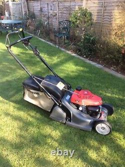 Honda HRX 426C QXEA Self Propelled Petrol lawnmower 17 CUT Rear Roller Mower
