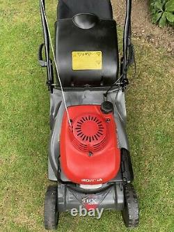Honda HRX426 Self Propelled Petrol Lawn Mower