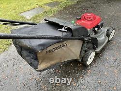 Honda HRX537 HXE Petrol Hydrostatic Drive Self Propelled 21Cut Lawnmower