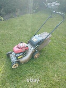 Honda izy petrol lawn mower 16 inch cut self propelled. Cash on collection only