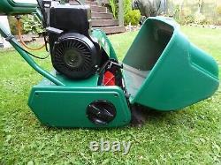 QUALCAST CLASSIC 35s CYLINDER PETROL LAWNMOWER SELF PROPELLED & GRASS BOX